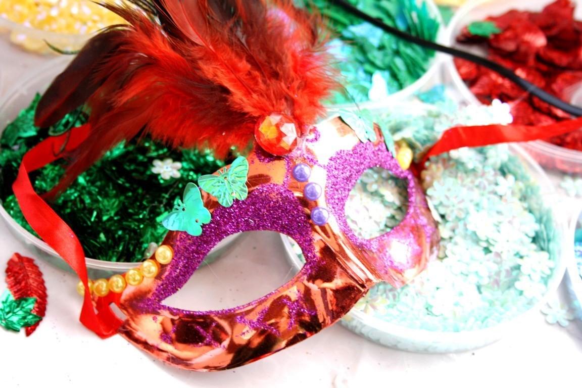 Мастер-класс по декорированию карнавальной маски