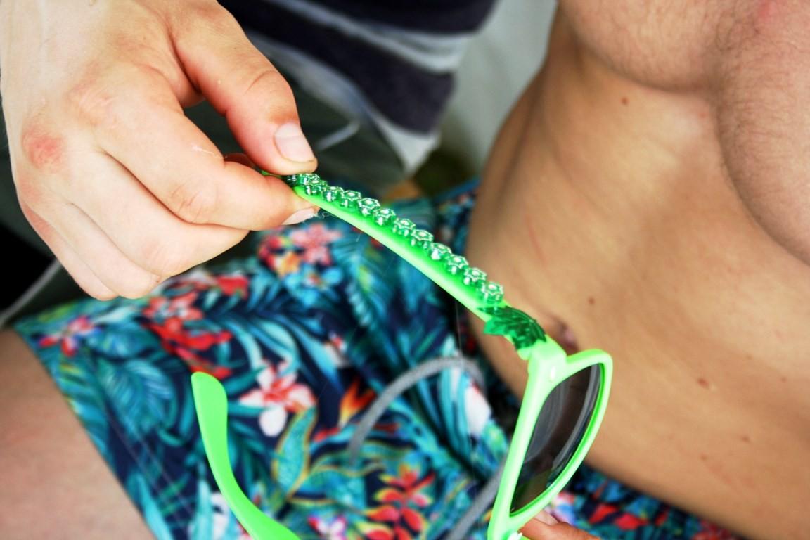 Солнечные очки декорирование