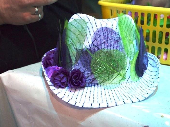 дизайнерская шляпа