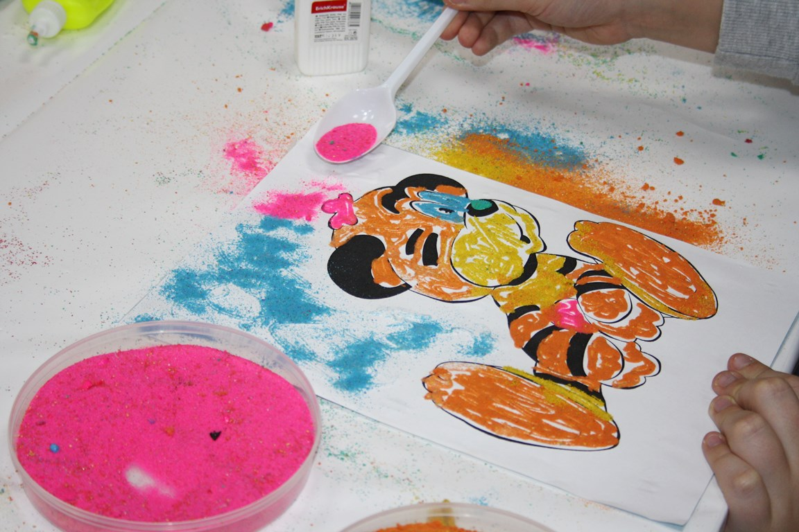 мастер-класс по созданию картины из песка