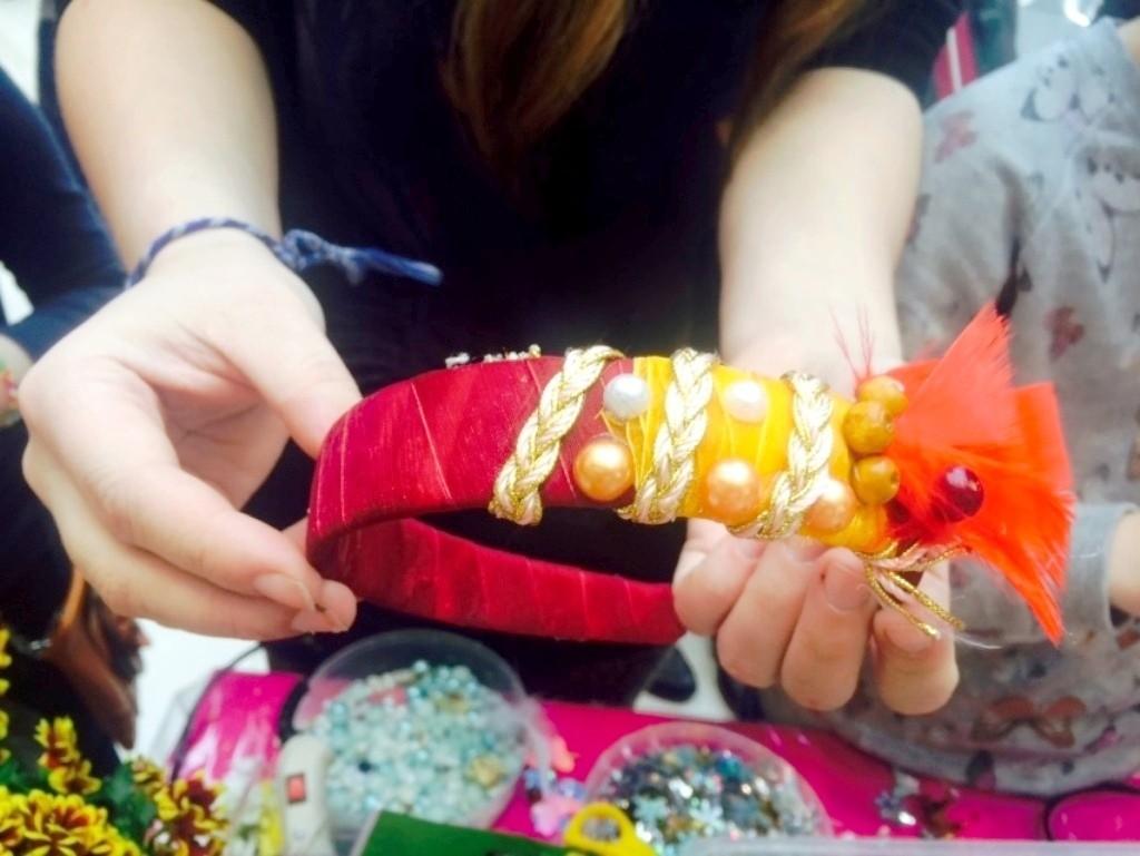 Мастер-класс по созданию ободков из живых цветов