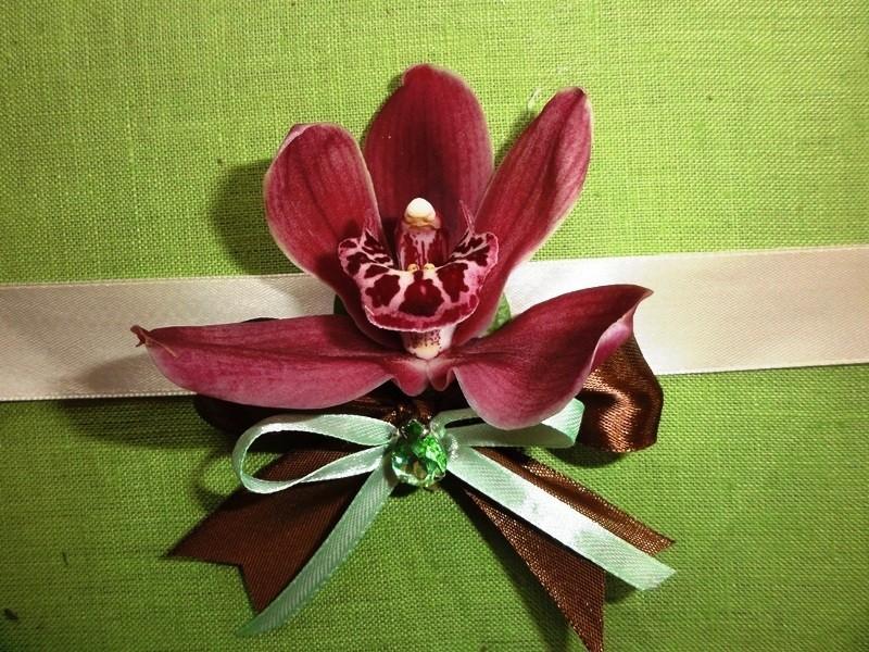 лента с живыми цветами