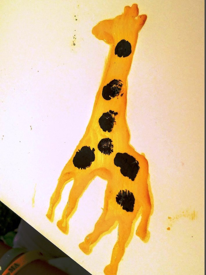 Жираф пальчиковыми красками