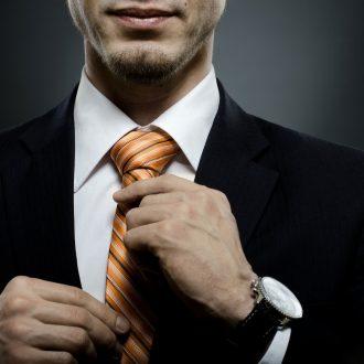 Завязывание галстуков платков