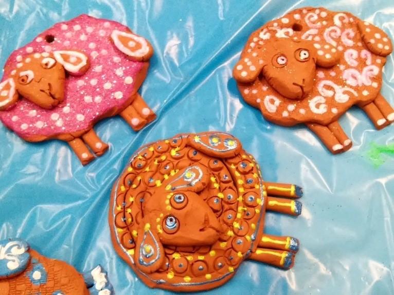 роспись глиняных игрушек
